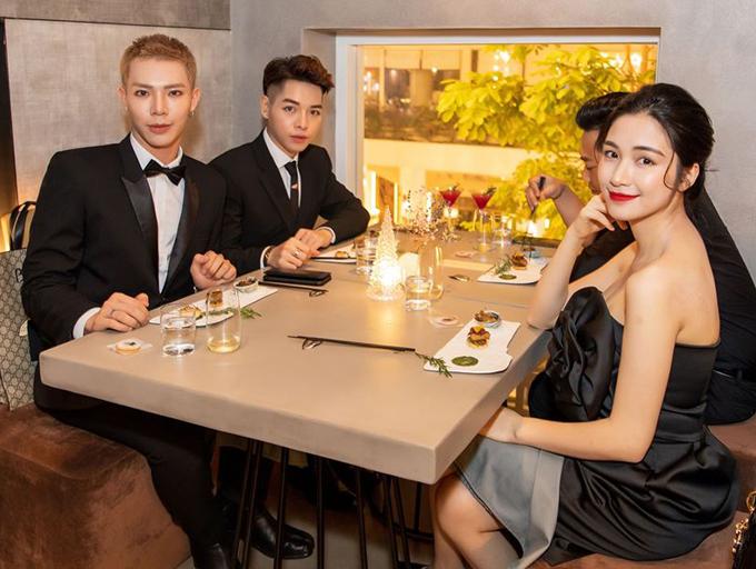 2.5 tiệm ăn dễ bắt gặp Hoa hậu Đặng Thu Thảo4
