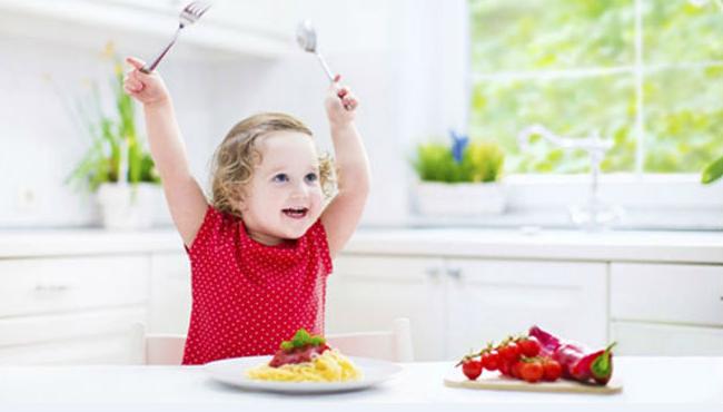 3. dinh dưỡng đúng để trẻ tăng chiều cao3