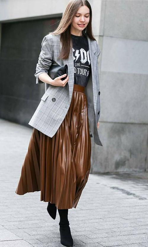 8.Phối các kiểu áo khoác với chân váy midi