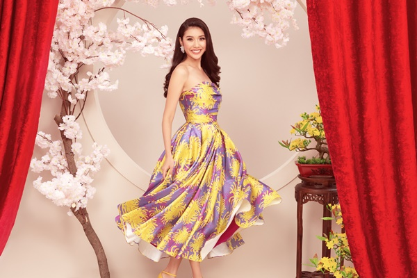 A Hau Thuy Van_Dress by Do Manh Cuong (1)