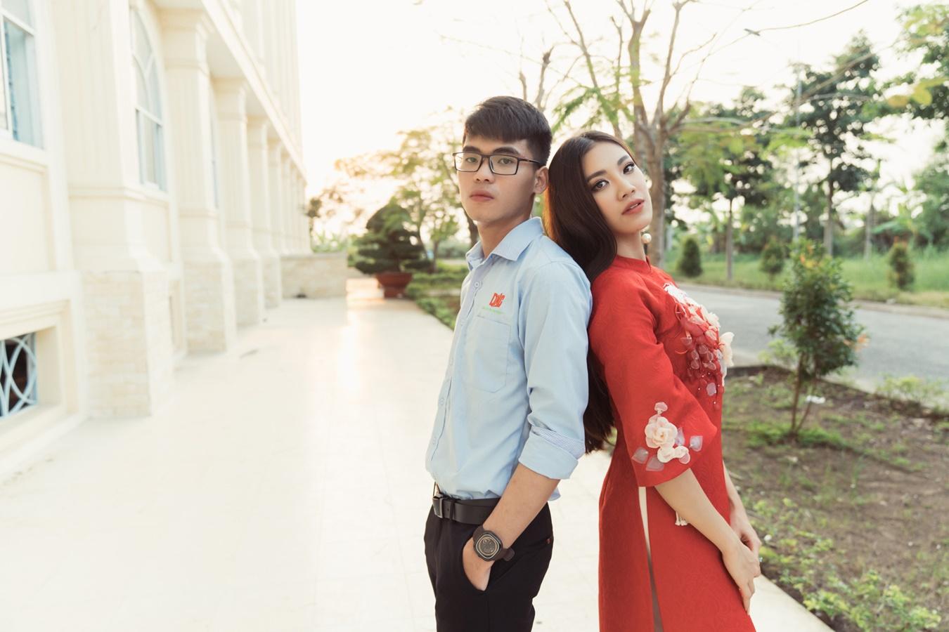 A hau Kim Duyen ve truong Dai Hoc Nam Can Tho (54)