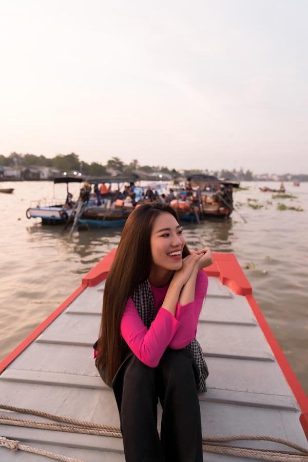 A hau Kim Duyen_Cho Noi Cai Rang_Hoa Hau Hoan Vu Viet Nam 2019 (3)