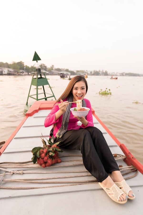 A hau Kim Duyen_Cho Noi Cai Rang_Hoa Hau Hoan Vu Viet Nam 2019 (7)
