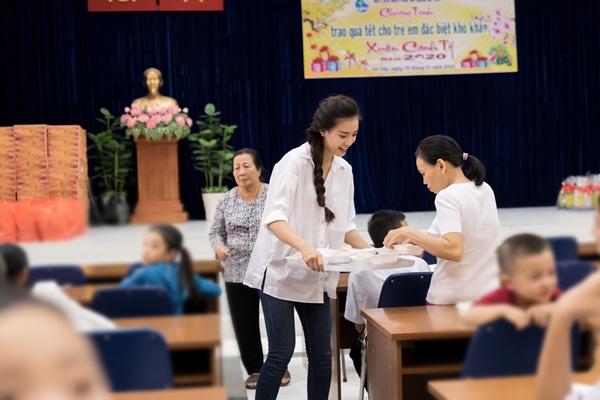 A hau Kim Duyen_Hoa Hau Hoan vu Viet Nam 2019 (30)