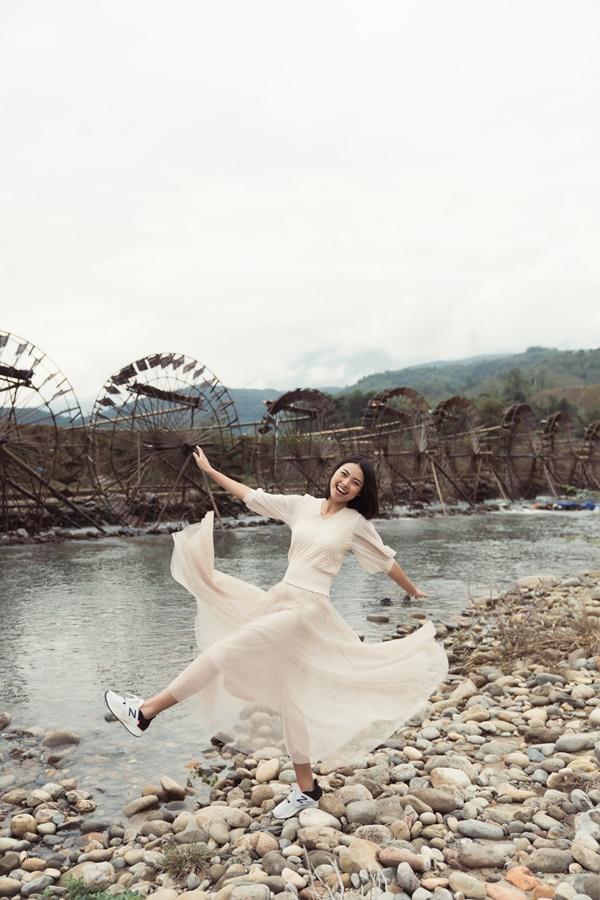 Guong Nuoc Khong Lo Ban Bo_Hoa hau Hoan vu Viet Nam (40)