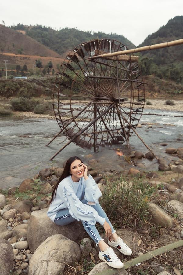 Guong Nuoc Khong Lo Ban Bo_Hoa hau Hoan vu Viet Nam (65) (1)