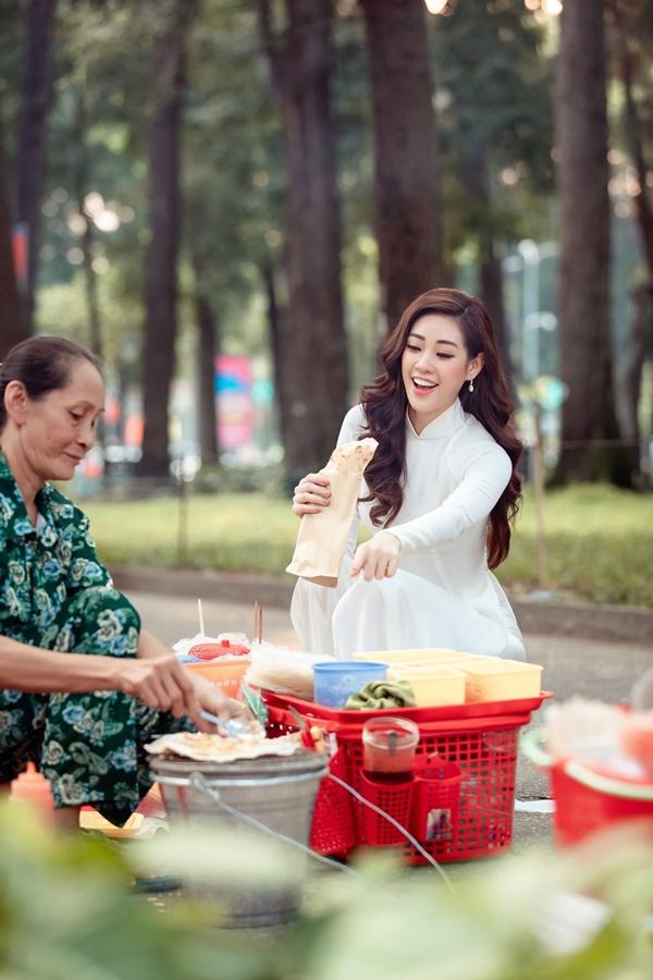 Hoa hau Khanh Van (27)