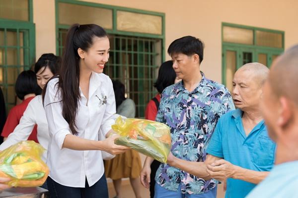 Tu thien tai Vung Tau_Hoa hau Hoan vu Viet Nam 2019 (75)