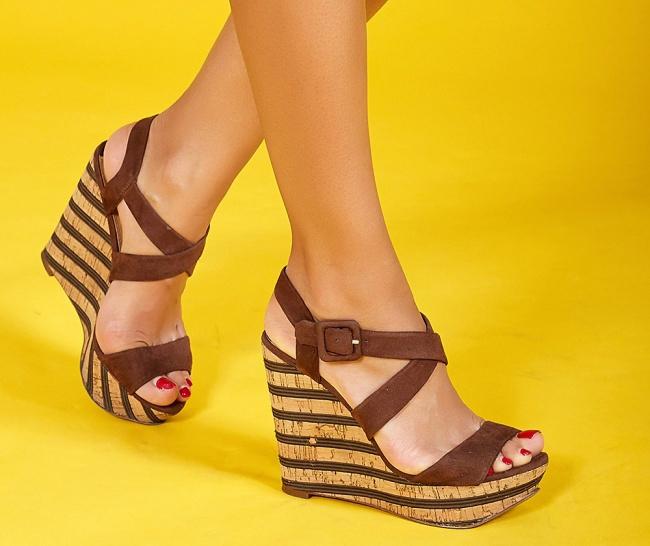 1. 9 cách giảm đau chân do giày cao gót8