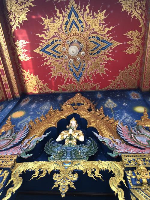 12.Ngôi chùa 'hổ nhảy' nhuộm màu xanh ở Thái Lan8