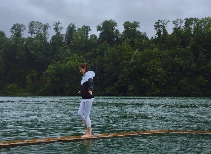 13.Tĩnh cũ Hyun Bin thăm các địa điểm quay 'Hạ cánh nơi anh'