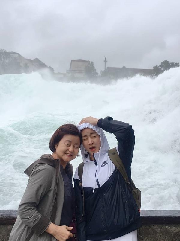 13.Tĩnh cũ Hyun Bin thăm các địa điểm quay 'Hạ cánh nơi anh'1