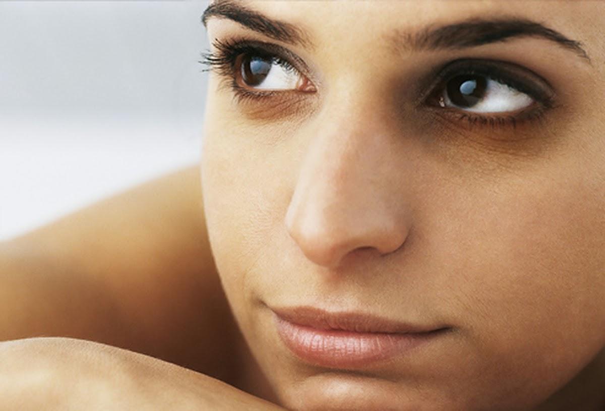 2.Mẹo tự nhiên giúp thổi bay thâm quầng mắt