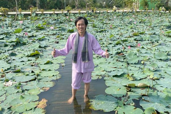 3.Cuộc sống của NSƯT Hoài Linh ở tuổi 51 3