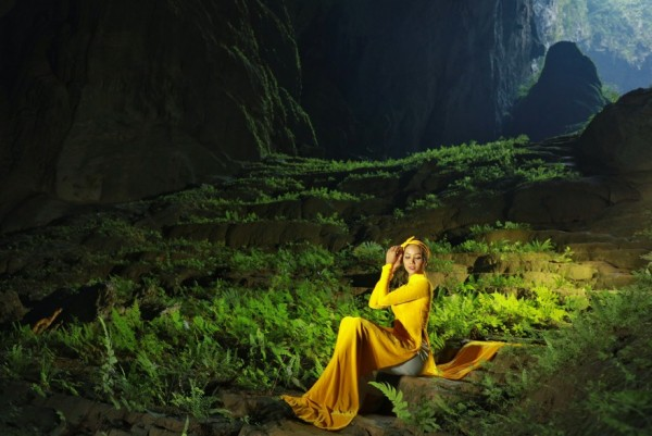 Hoa Hau HHen Nie_Ao dai by Thuan Viet (14)