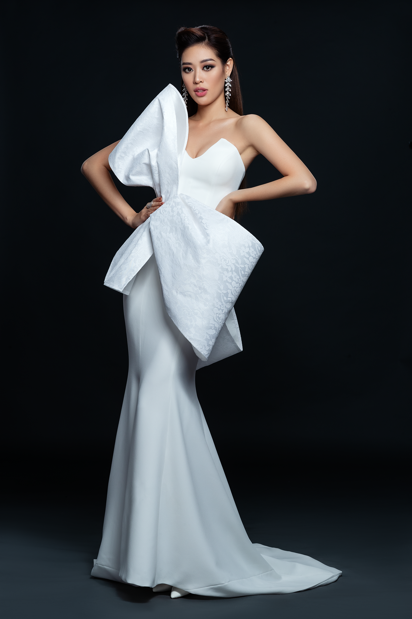 Hoa hau Khanh Van_Dress by Minh Tu (2)