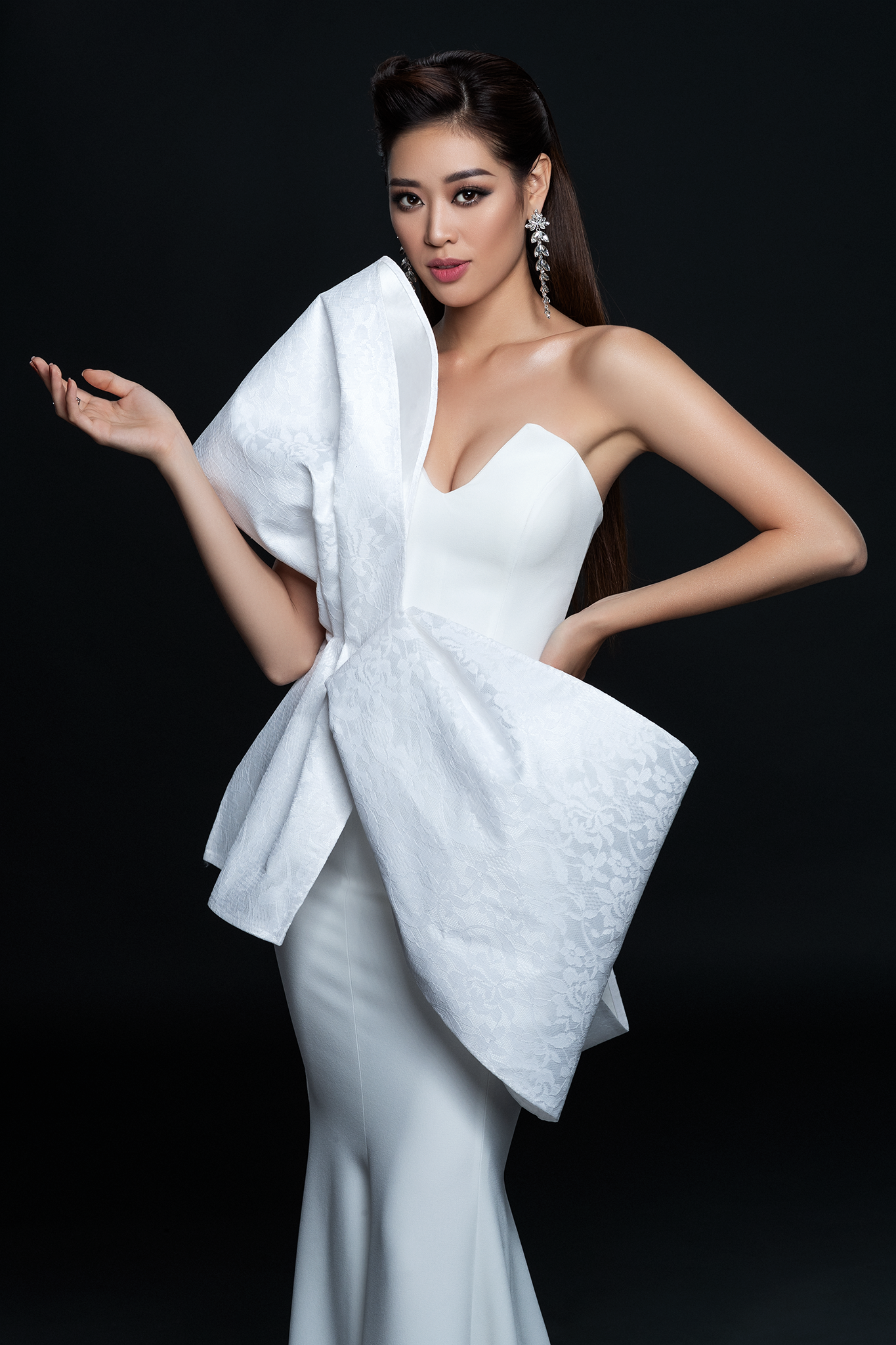 Hoa hau Khanh Van_Dress by Minh Tu (5)