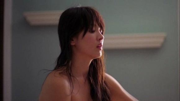 1.Sau những chỉ trích vô tâm, Song Hye Kyo bị 'khui' lại bộ phim nhảy cảm bị chấm chiếu1