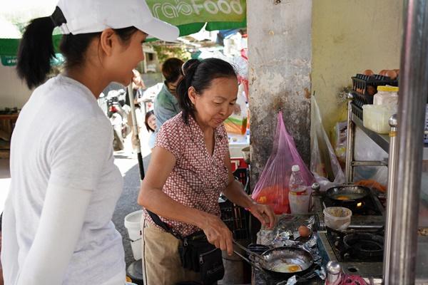 Hoa hau HHen Nie_Banh Mi (5)