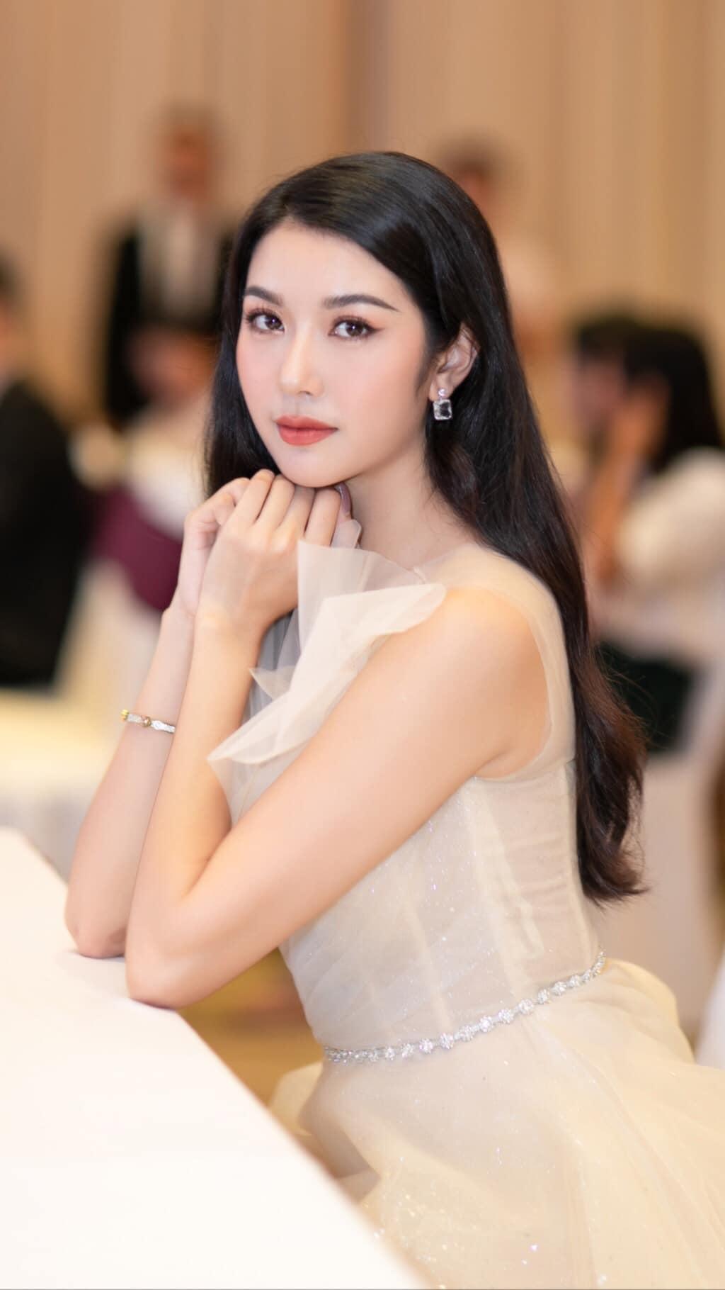 Tuy dự định sẽ tổ chức đám cưới trong năm nay nhưng Thúy Vân vẫn chưa tiết lộ danh tính người yêu