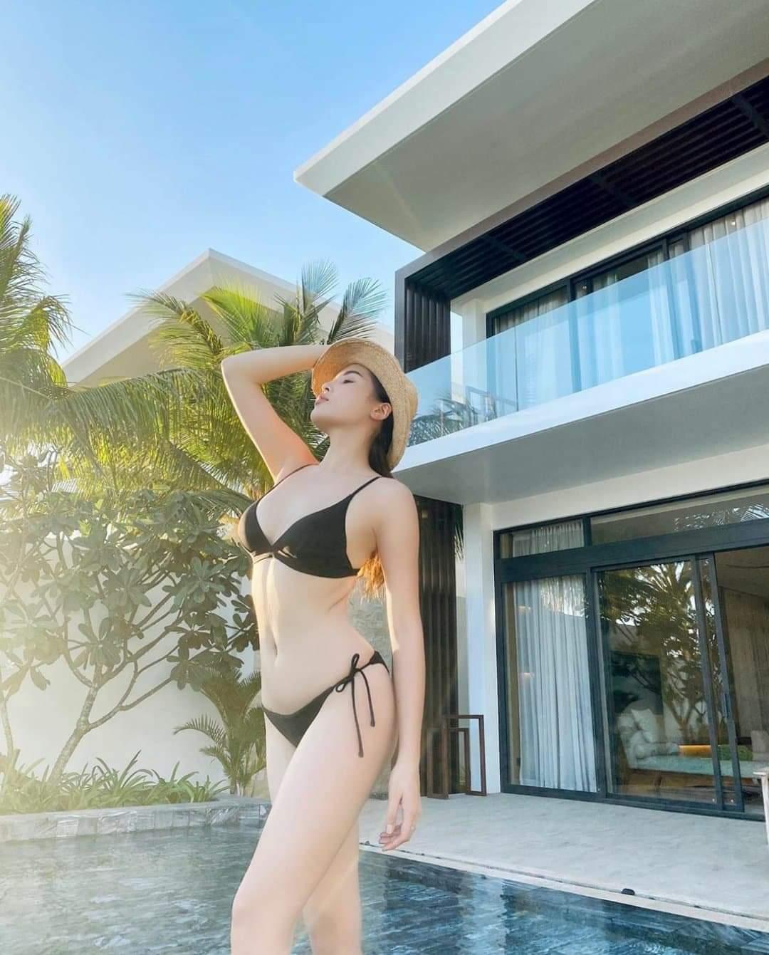 """Sau khi hết nhiệm kỳ """"Hoa hậu Việt Nam 2014"""", Kỳ Duyên xây dựng hình ảnh của một chân dài sexy, hiện đại mọi lúc - mọi nơi."""