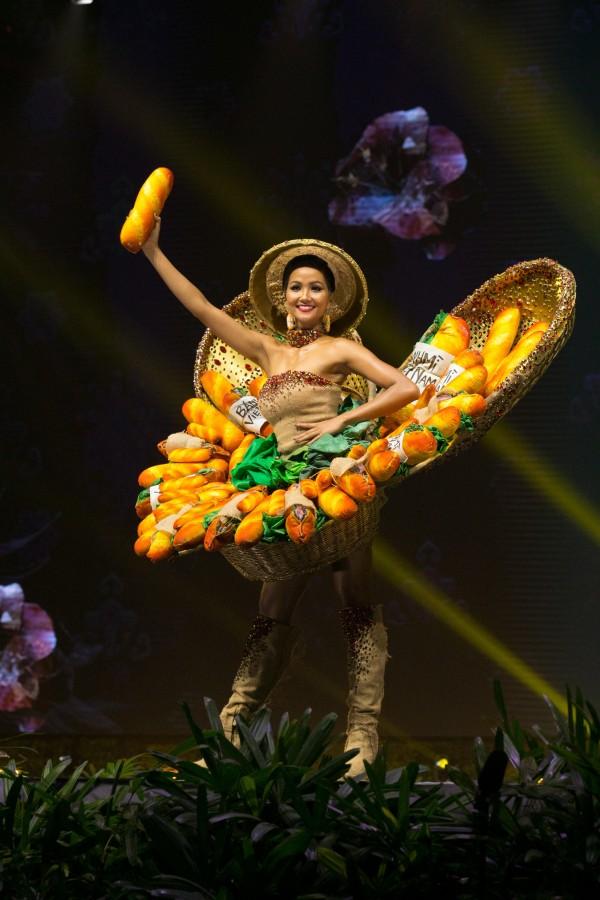 Hoa hậu H'Hen Niê  tại Miss Universe 2018