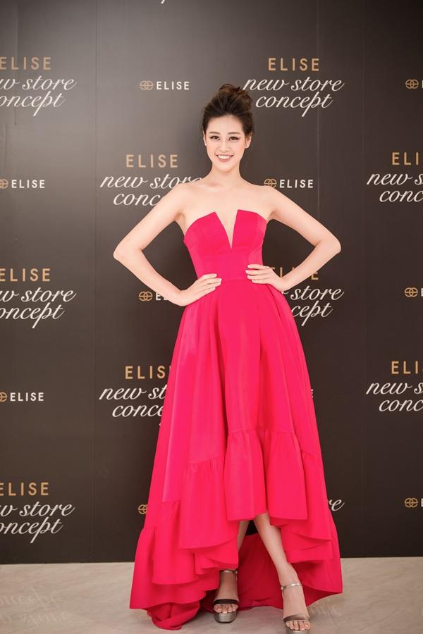 Hoa hau Khanh Van_Event Elise (6)