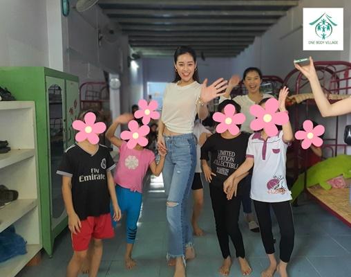 Hoa hau Khanh Van_OBV (10)