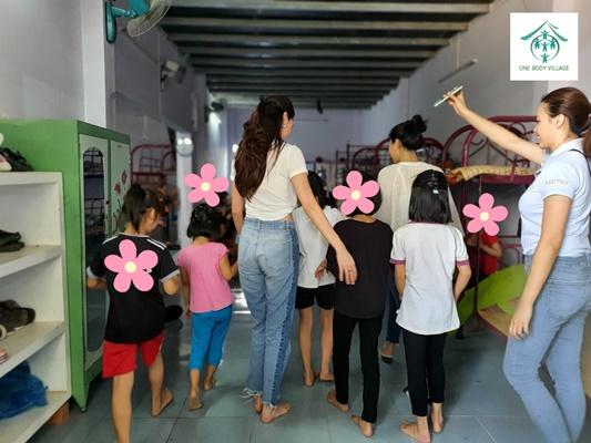 Hoa hau Khanh Van_OBV (4)