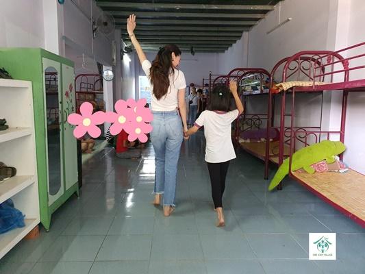 Hoa hau Khanh Van_OBV (7)