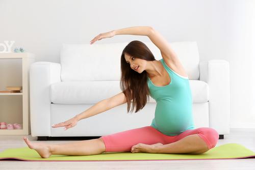 tap-yoga-khi-mang-thai-me-nen-tranh-ngay-5-tu-the-cuc-nguy-hiem-sau1-15897771595941540865616-1589871771576-1589871771772452677567