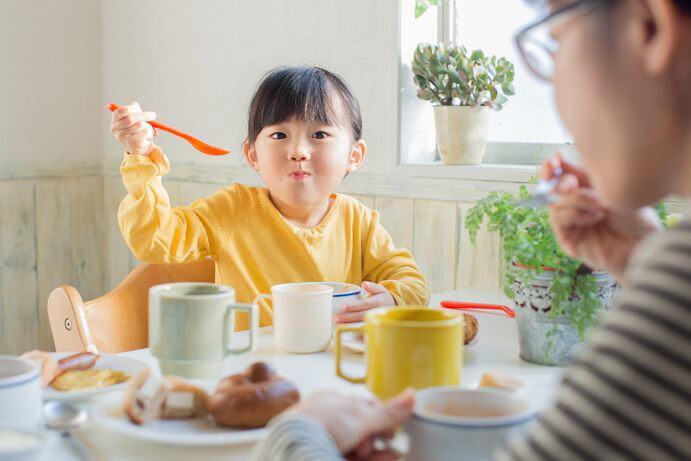 an-cho-tre-so-sinh-tat-ca-nhung-nguoi-me-phai-hieu-neu-khong-muon-con-suy-dinh-duong-dinhduong-2-1590883163-75-width691height461-1591002242922-15910022432131674959234