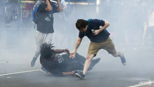 us-white-house-teargas-afp-1591142373908211246981
