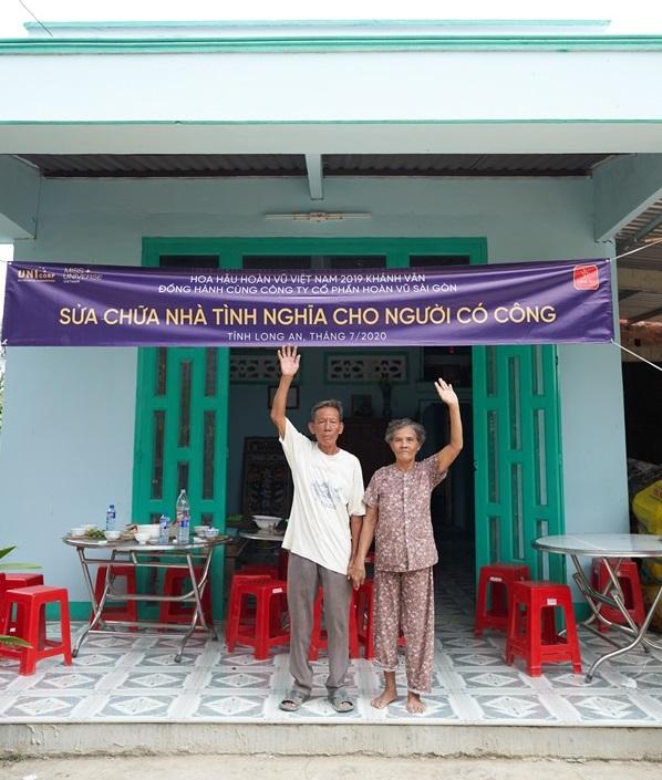 Hoa hau Khanh Van di thien nguyen tai Long AN100
