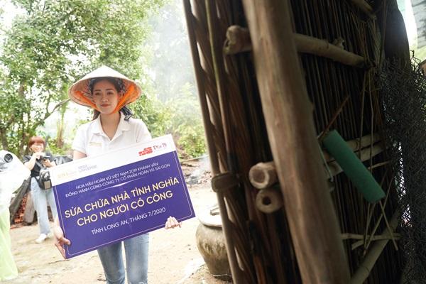 Hoa hau Khanh Van di thien nguyen tai Long AN123