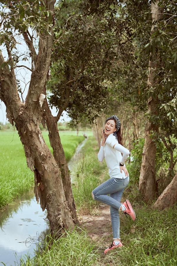 Hoa hau Khanh Van kham pha Long An26