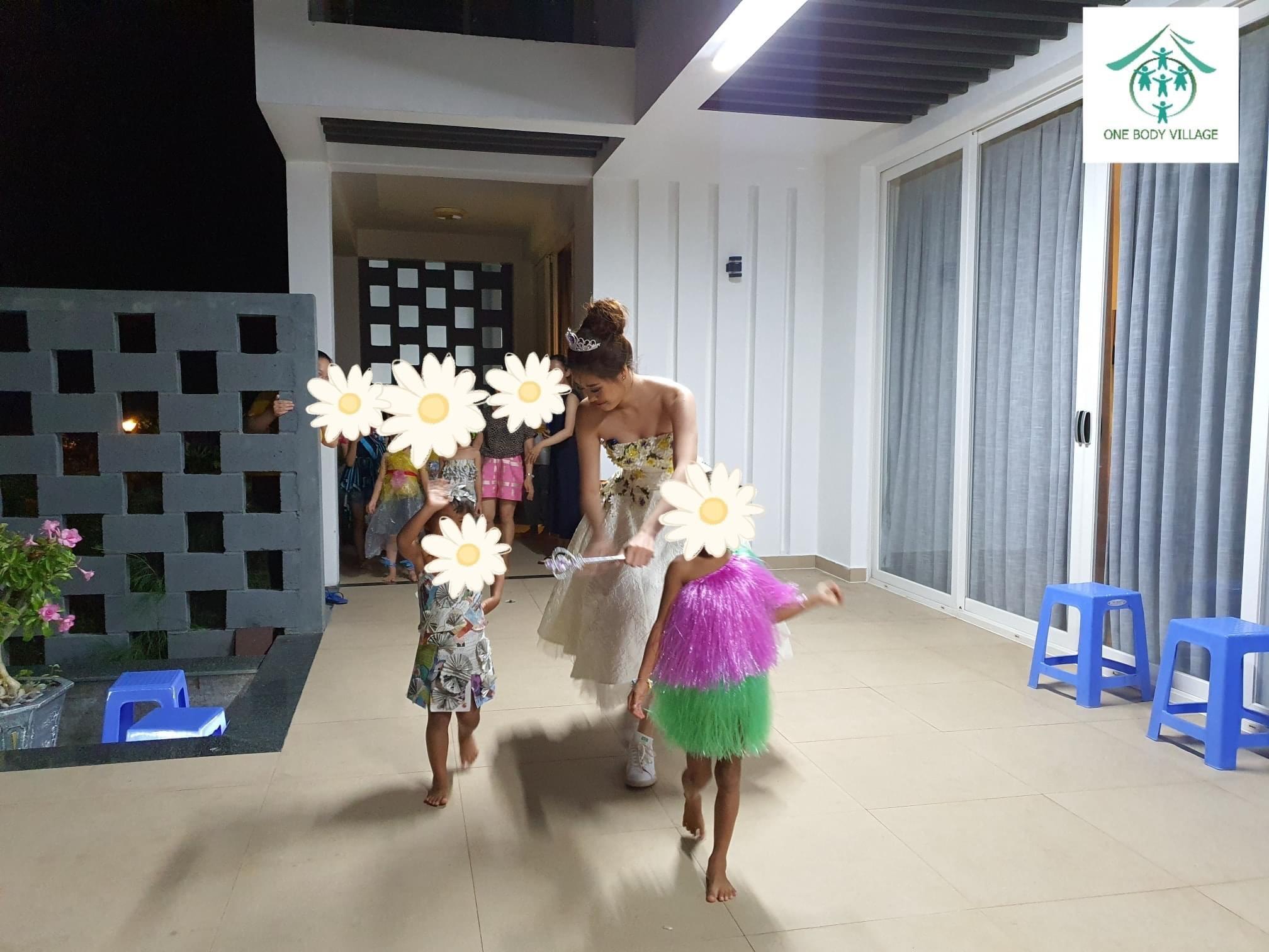 Hoa hau Khanh Van_OBV1
