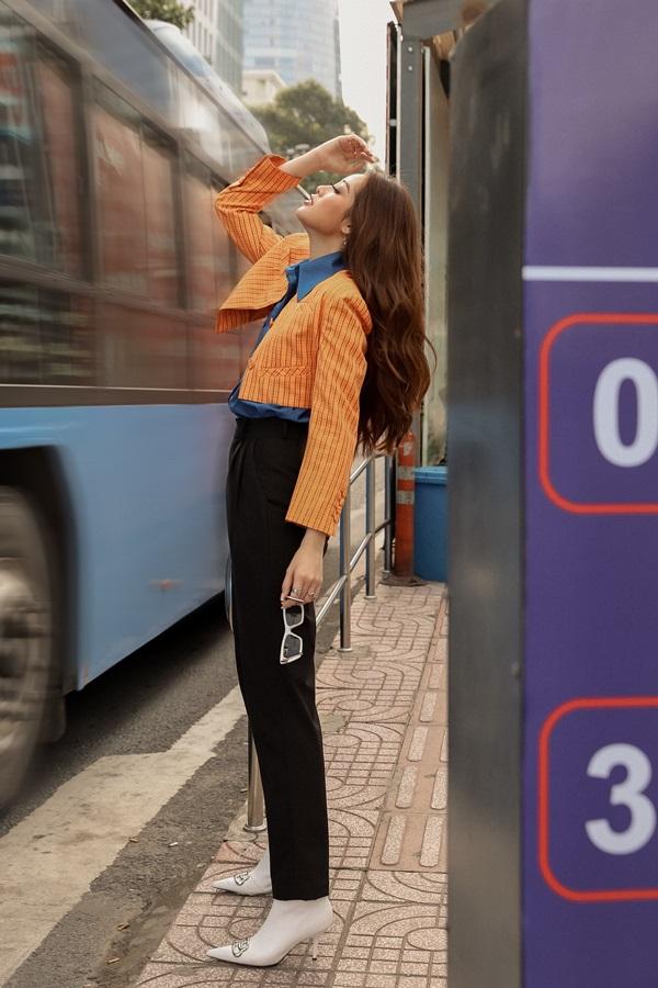Hoa hau Khanh Van_Street Style1