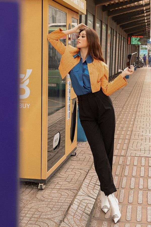 Hoa hau Khanh Van_Street Style13