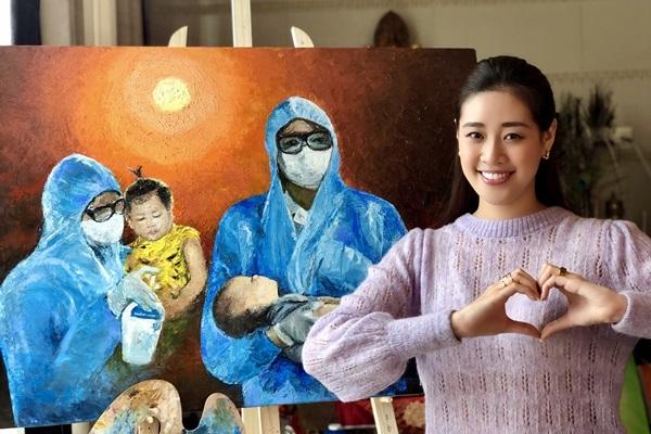 Hoa hau Khanh Van va Ba ve tranh Nhung Trai Tim Dung Cam6