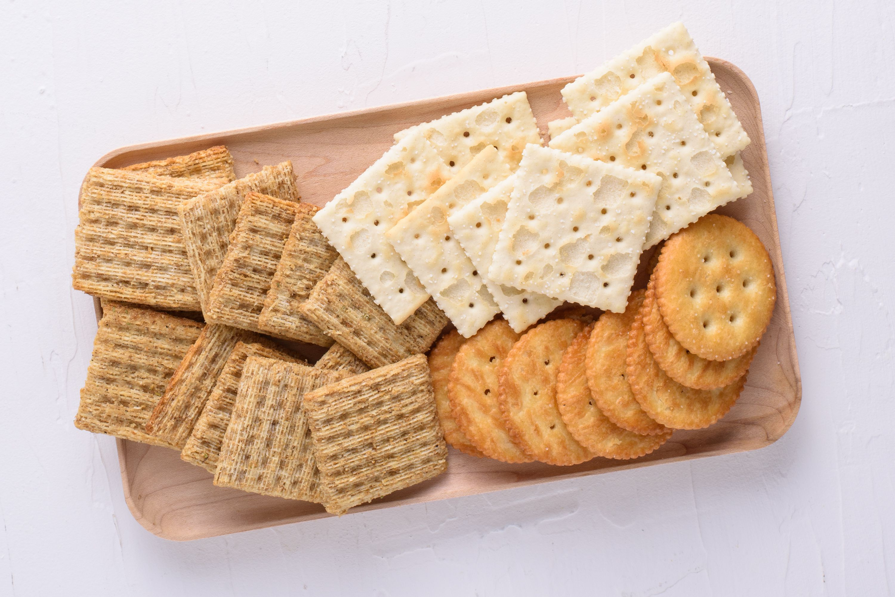 crackers-crop-3b8f8bf4a410479682c41e3e6f563f57-15961831620431856907603-1596334679775-15963346804381857367912