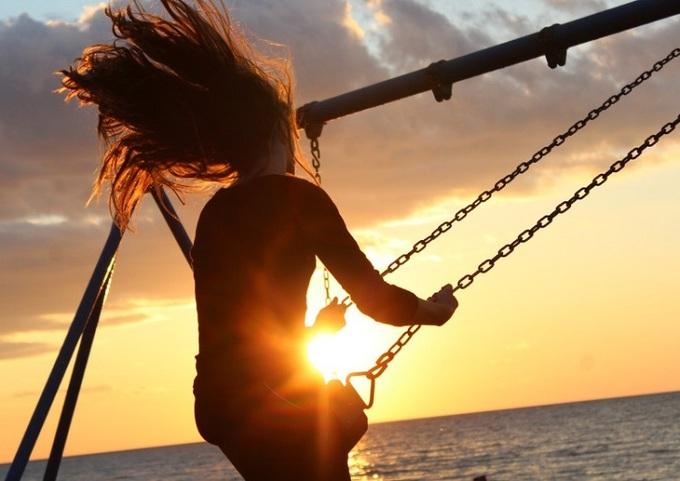 Sống gần gũi với thiên nhiên sẽ đem lại cảm giác sảng khoái và năng lượng tích cực. Ảnh: bí quy