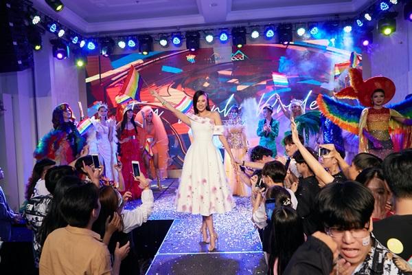 A hau Kim Duyen_Viet pride 34