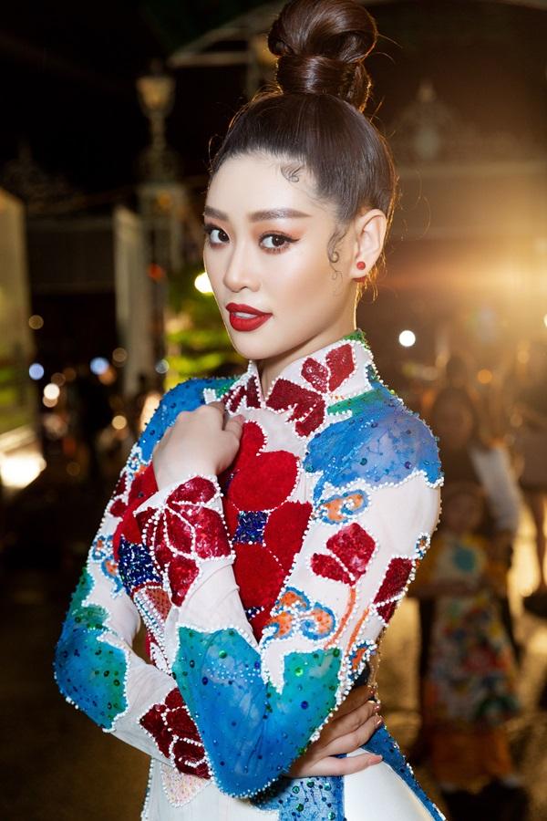 Hoa hau Khanh Van_Khai mac Le Hoi Ao Dai32