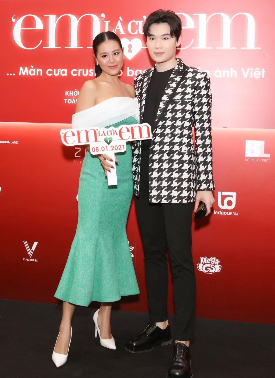 """""""Kiều nữ làng hài"""" và diễn viên Quang Trung trên thảm đỏ"""