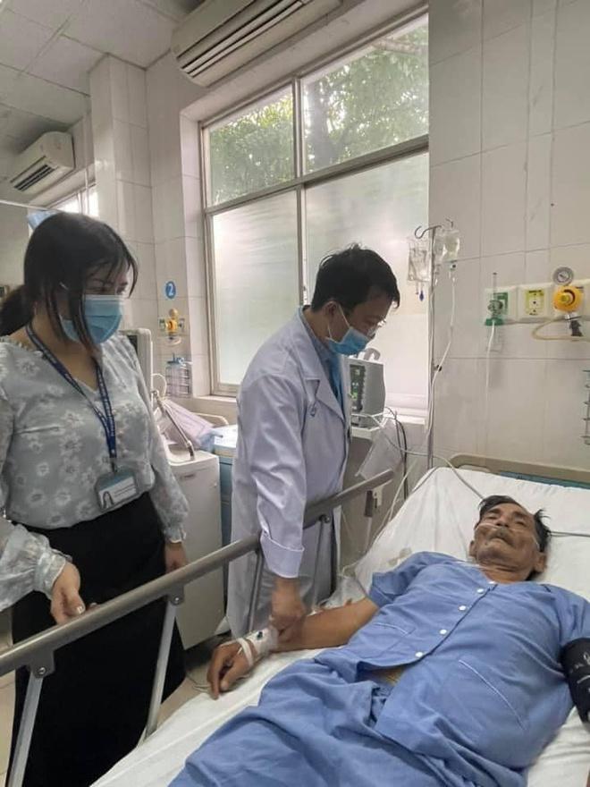 Nghệ sĩ Thương Tín nhập viện vì bị đột quỵ.